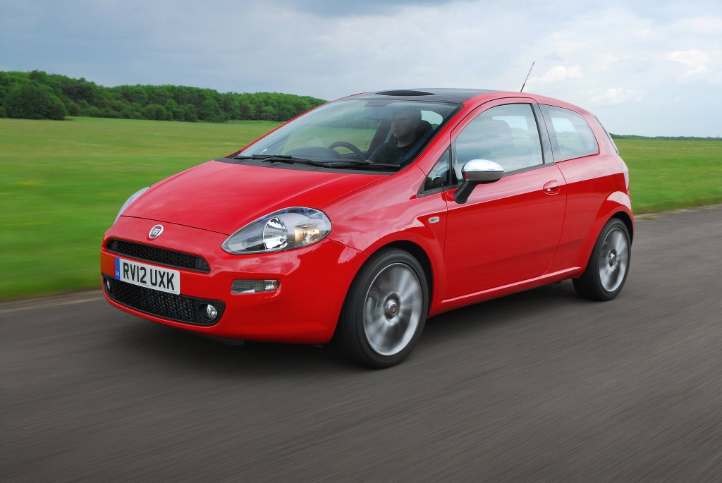 Red Fiat Punto