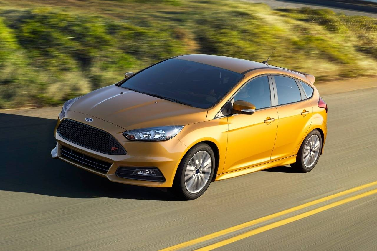 Ford Focus 2017 in Yellow