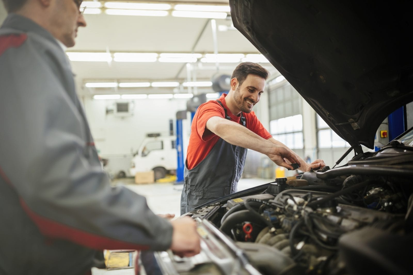 A Guide to Car Servicing and MOT
