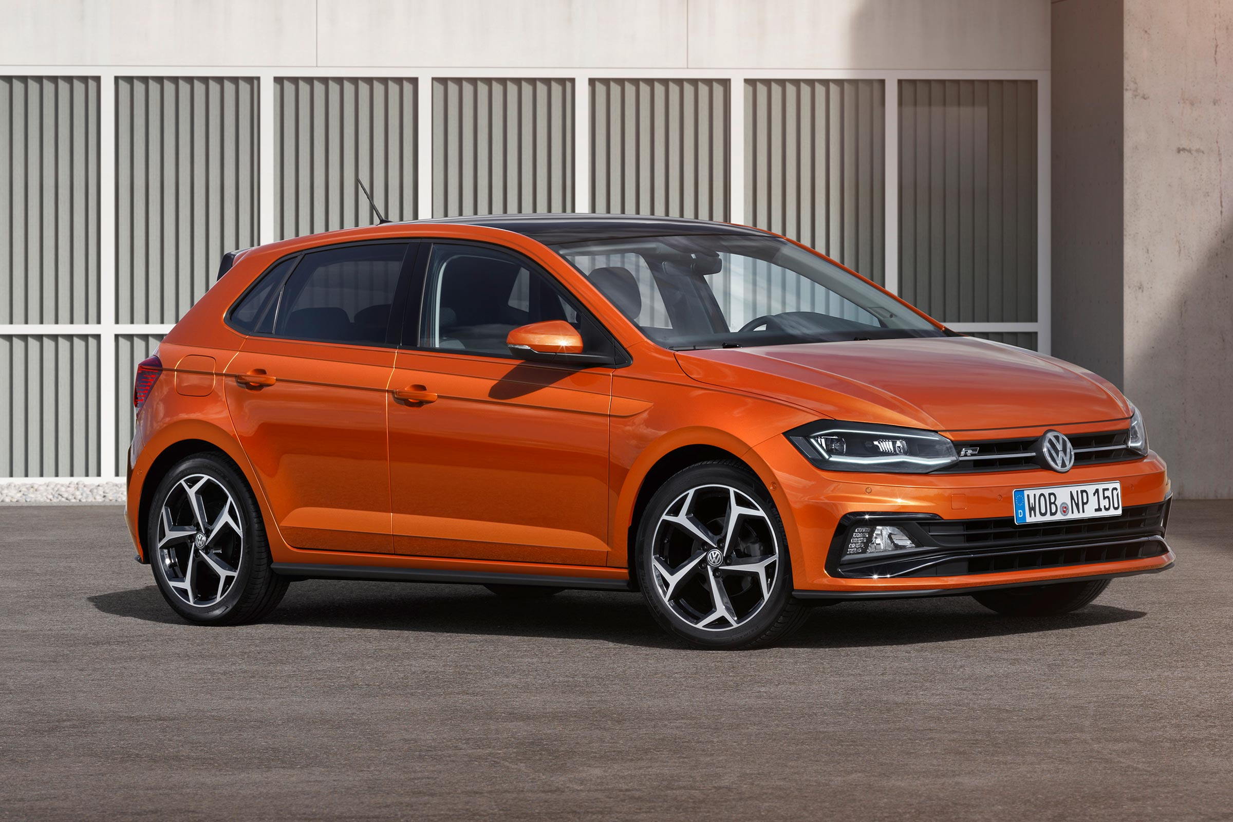 Orange Polo VW