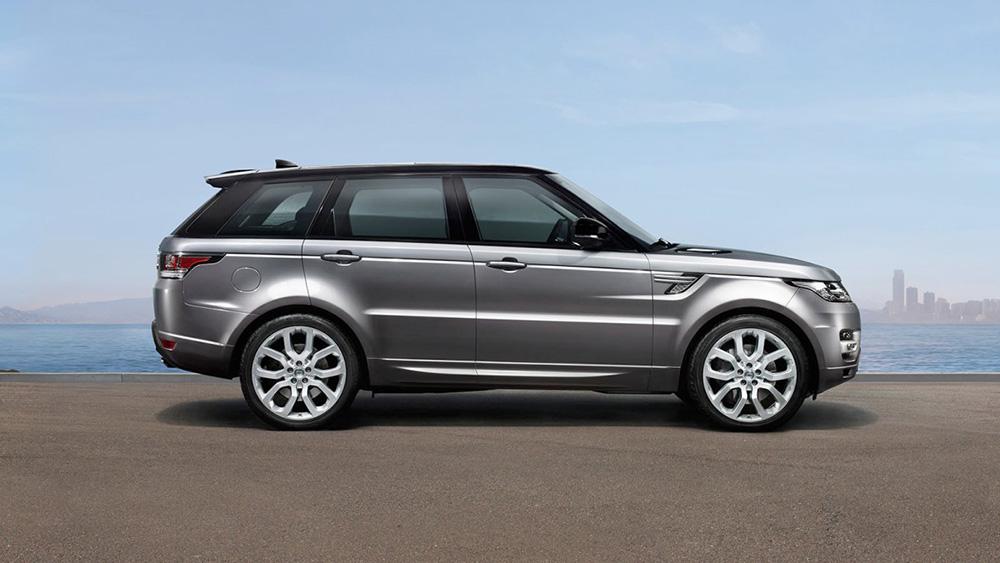 Range Rover Sport in silver